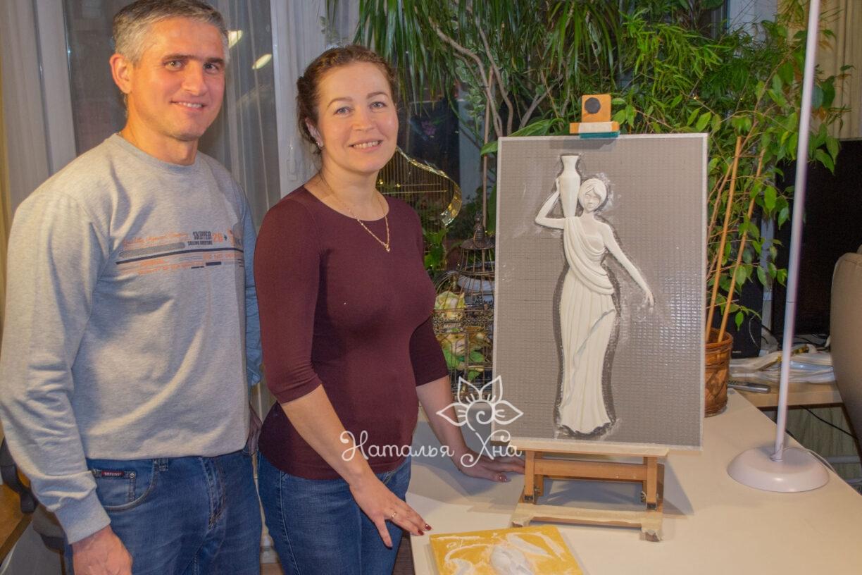 Наталья Иванова со своей работой